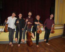 Fünf Vollblutmusiker
