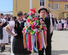 Banaterdeutsches Trachtenfest mit Kirchweihfesten in Hellburg und Lippa