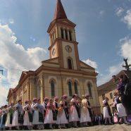 Kirchweih und banatschwäbisches Trachtenfest in Lippa